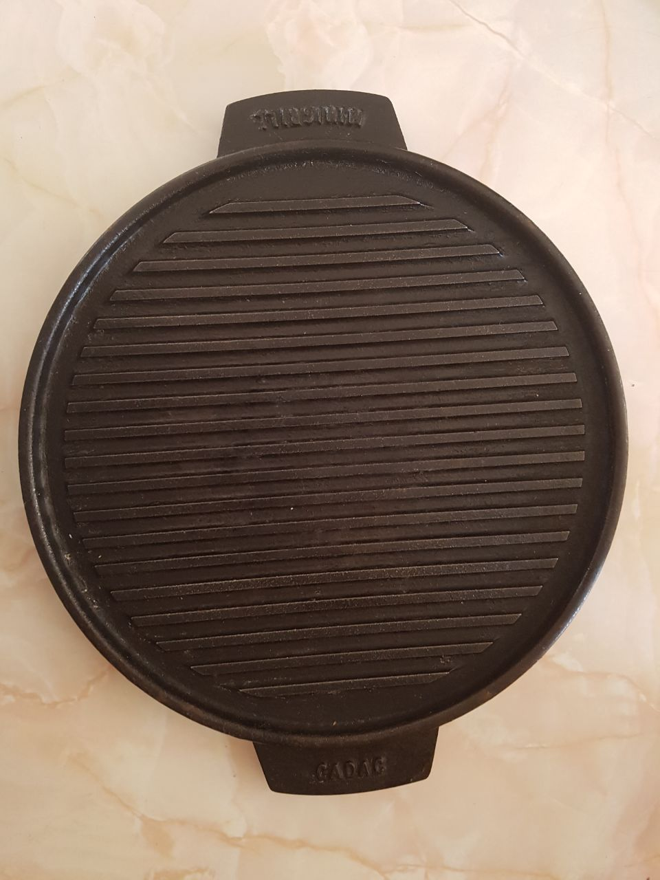 Cast Iron Grill plate +- 35cm x 35cm Good condition