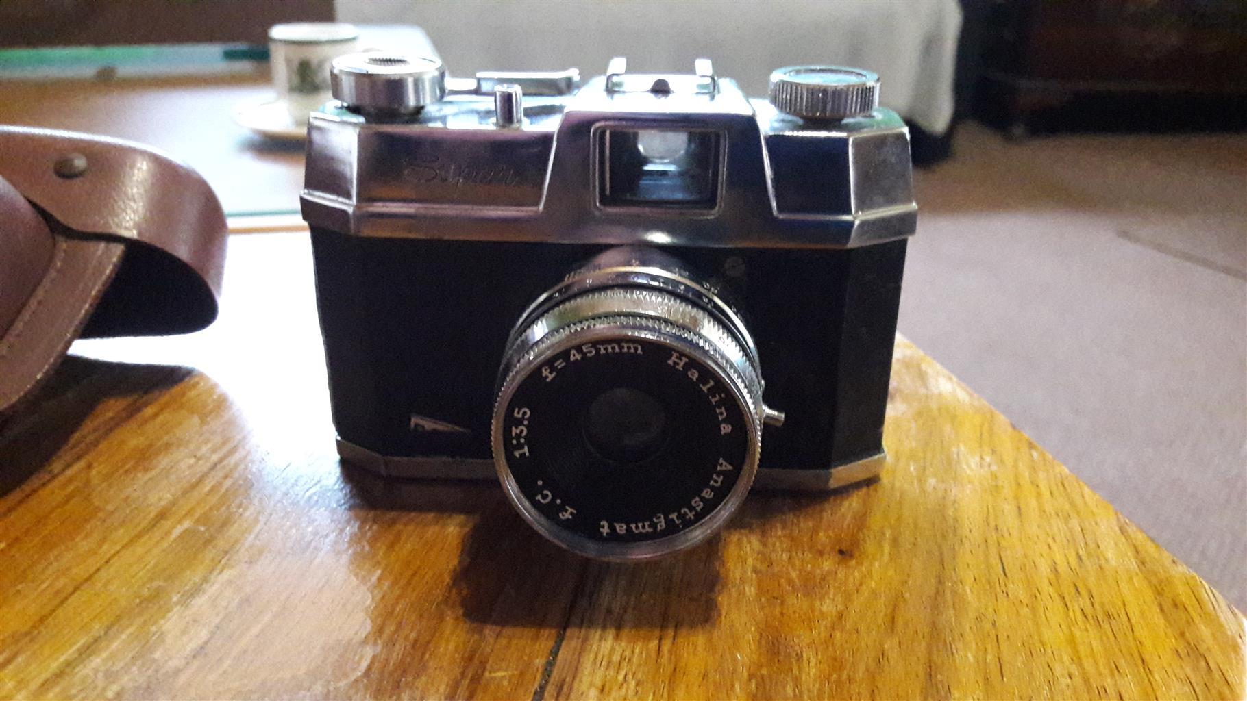 Camera halina make antique