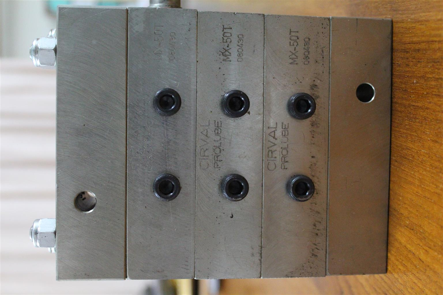 Distribution Block - Cirval - 6 outlet - Brand New
