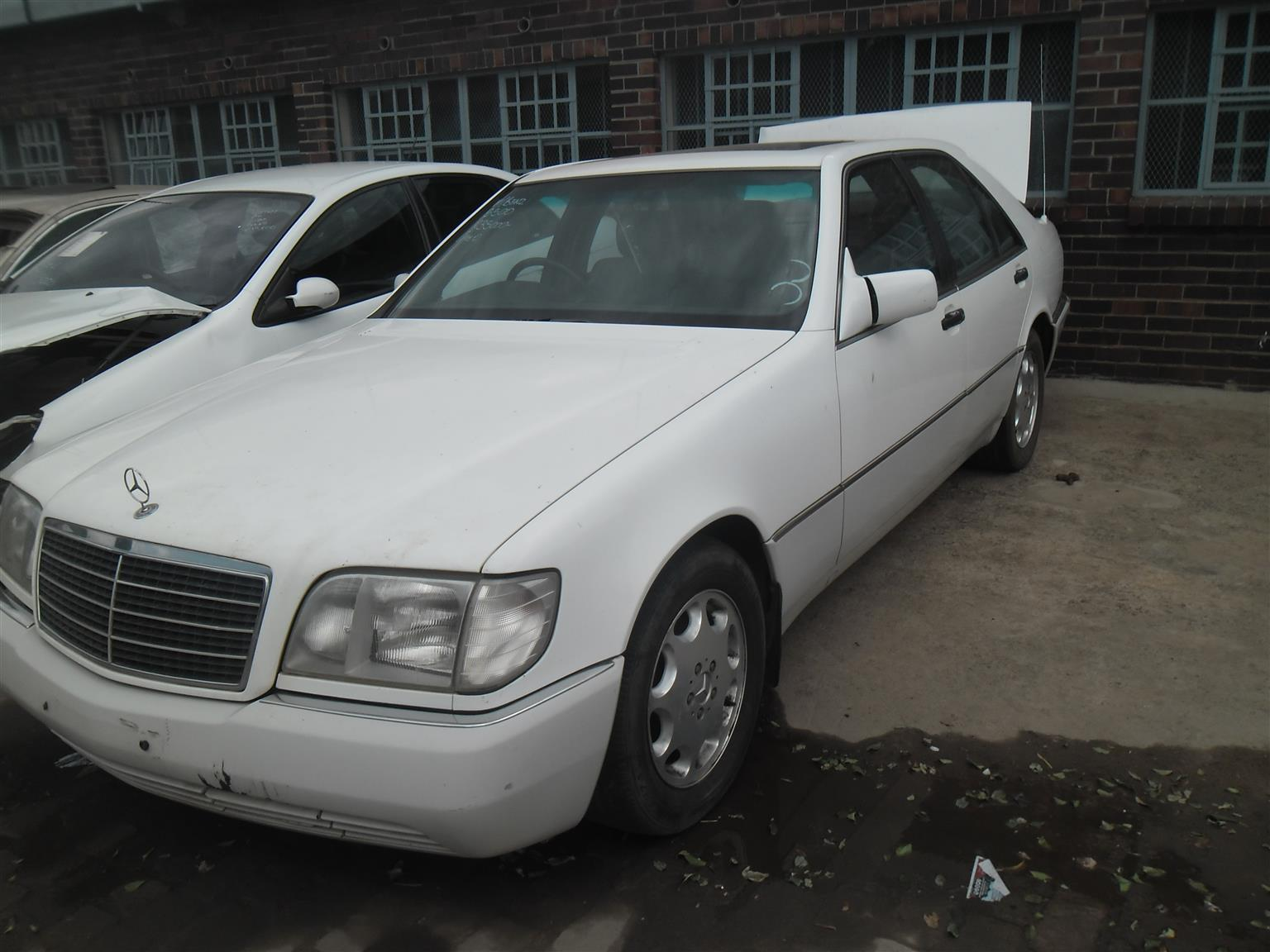 Mercedes benz s500 w140 stripping for spares gearbox for for Mercedes benz used body parts