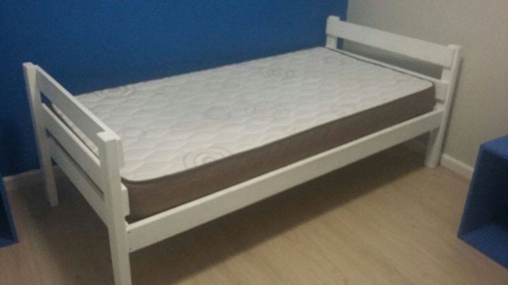 White Pine Single Bed With Cameo Foam Mattress Under 1 Year Old