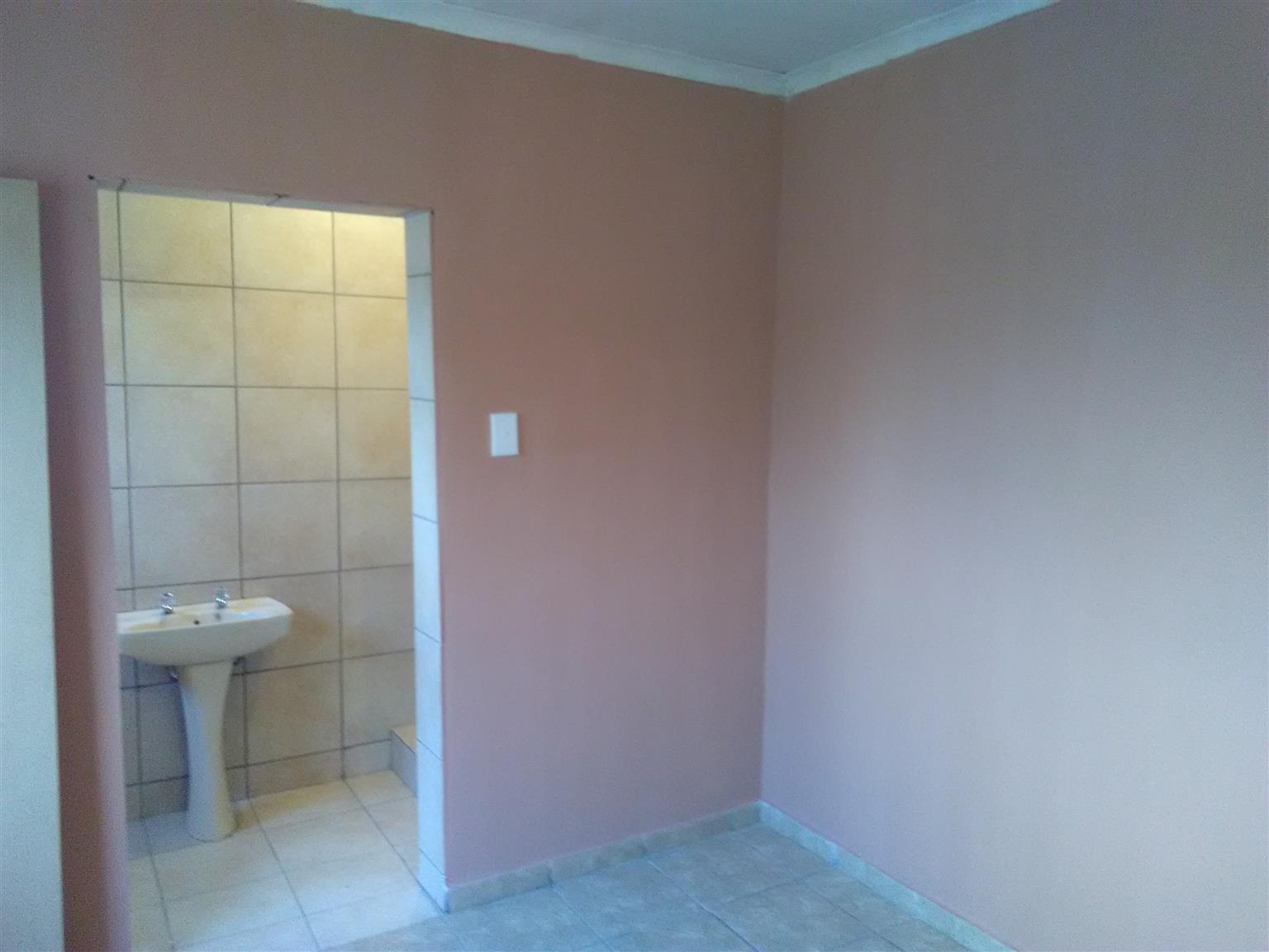 Room to Rent in Nellmapius Ext 7