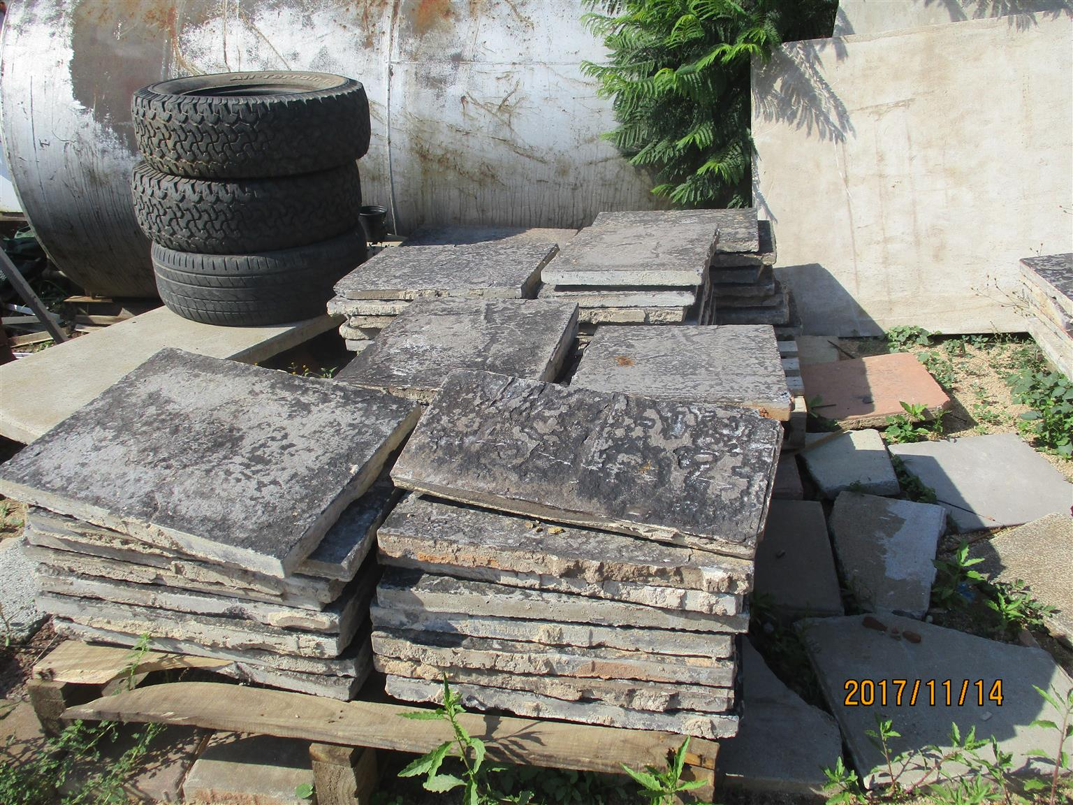 2nd hand stepping stones for sale 430 x 480mm