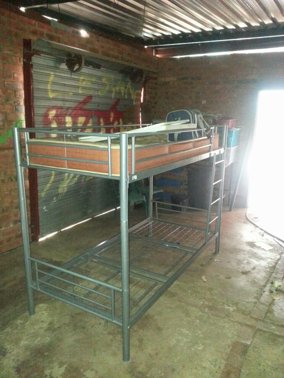 steel dubble-bunk bed