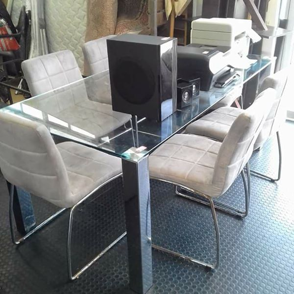 6 Seater Table with Chairs