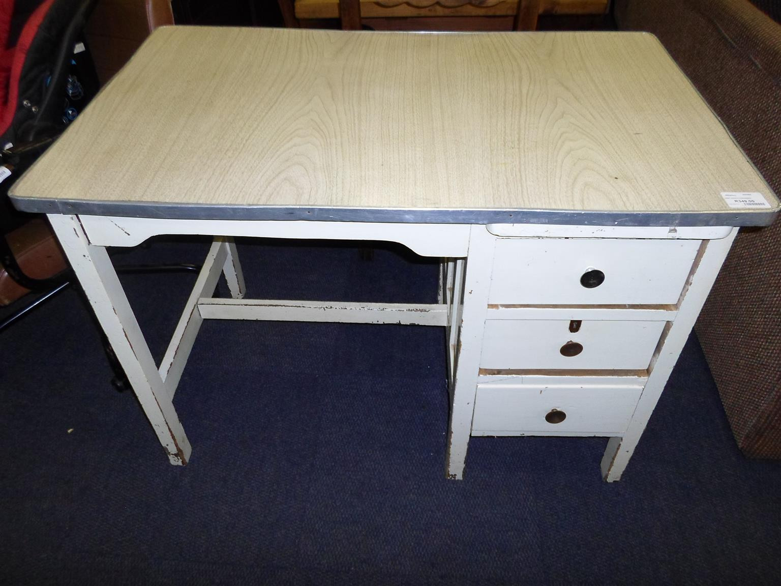 Wooden Desk - 3 Drawers