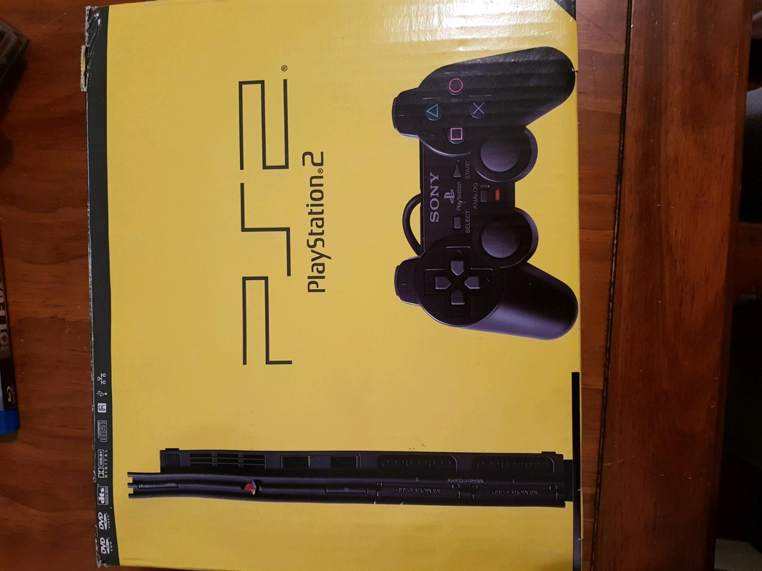Sony ps2 console with 1 game bundled still as good as new includes all cables 1 sony dual shock 2 control other controler sold separately R200 and serious buyers no scammers  from I'm available anytime situated in mayfair close to the oriental plaza