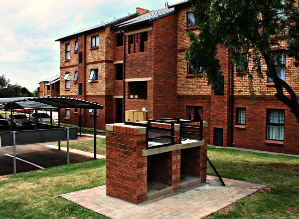 Boardwalk Heights, Olympus, Pretoria East, 2bed upmarket Apartment in newly build complex