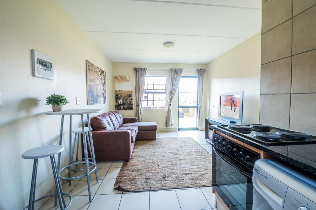 Get 50GB every Month free with the luxury 2 bedroom for only R5200. Call NOW
