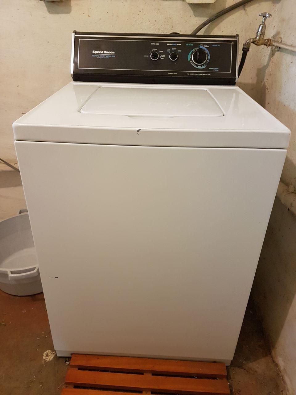 Speedqueen Top Loader washing machine. Perfect working condition