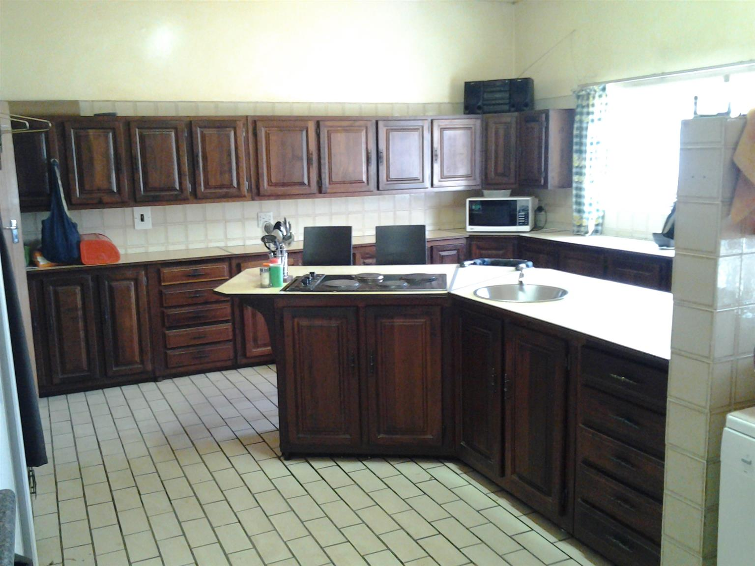 Spacious House to rent in Ogies