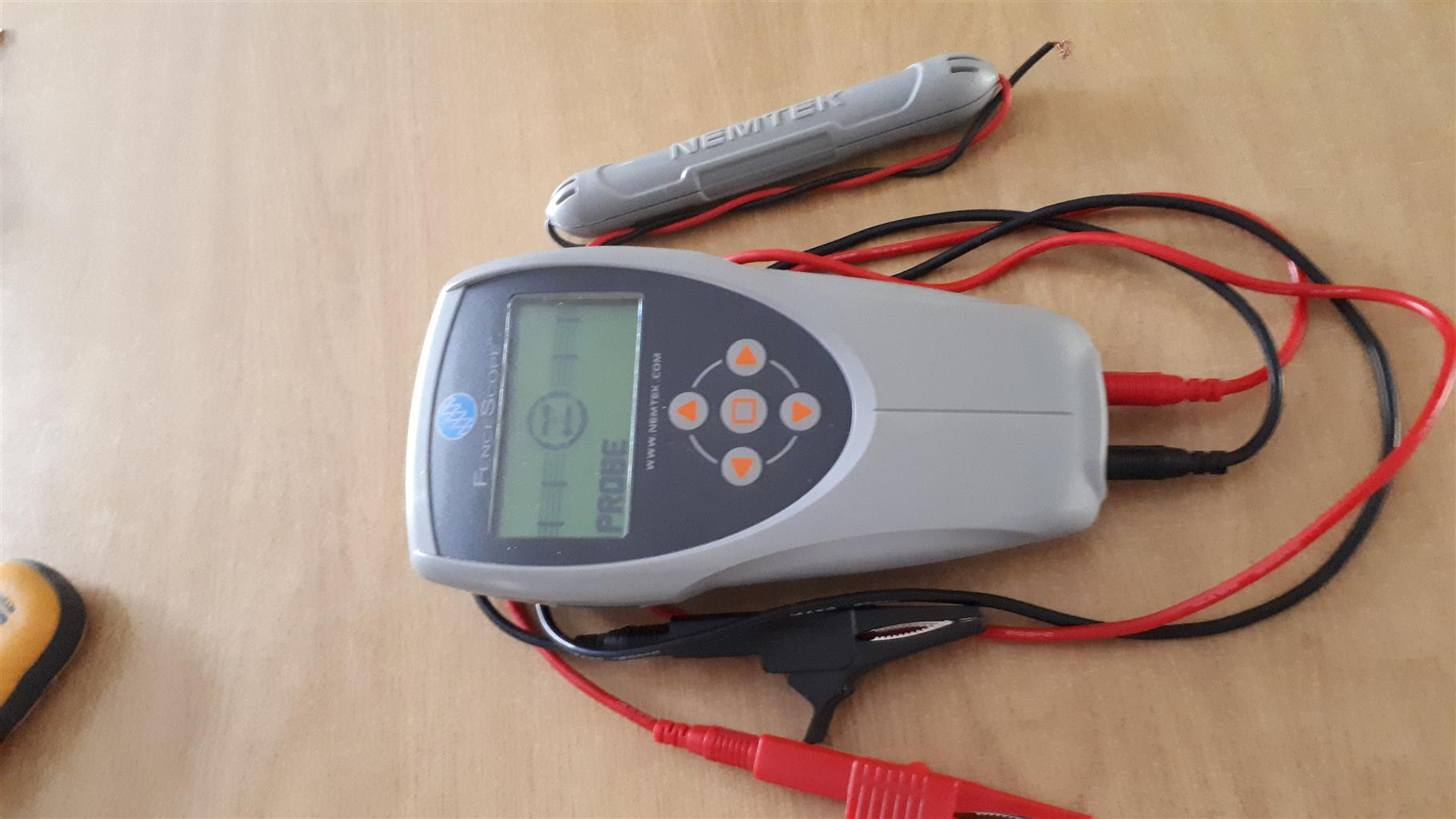 Electric fence meter
