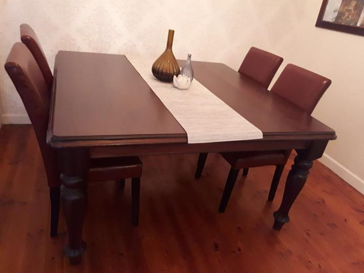 R 4 900 For Sale Stunning Dining Room Table