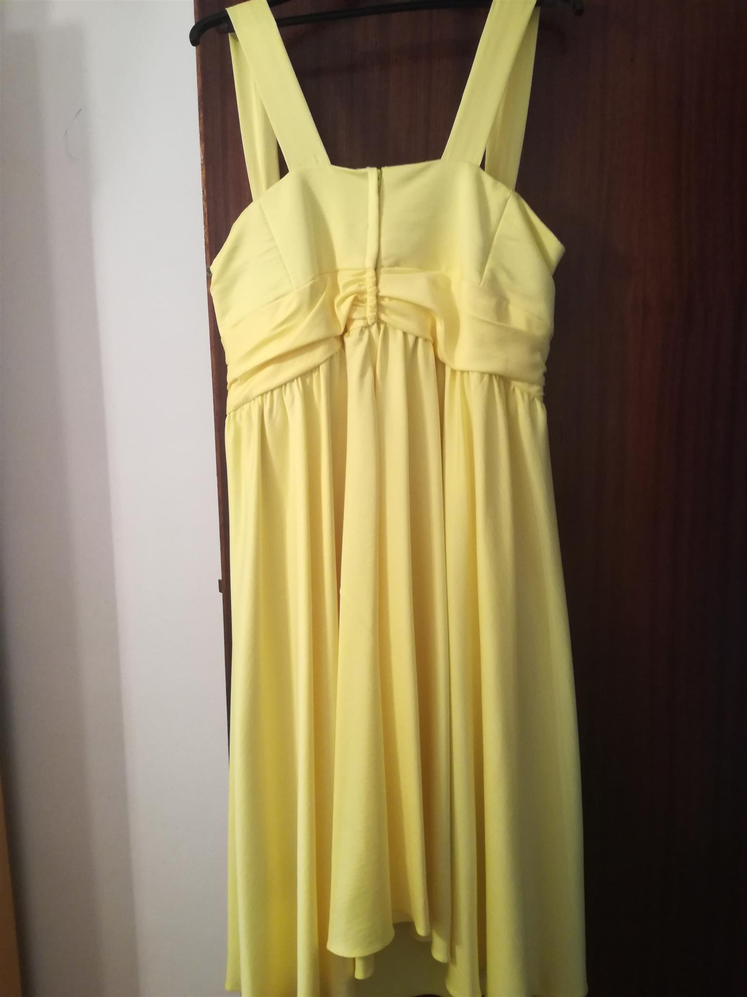 BRIDESMAID DRESS SIZE 40 KNEE LENGTH