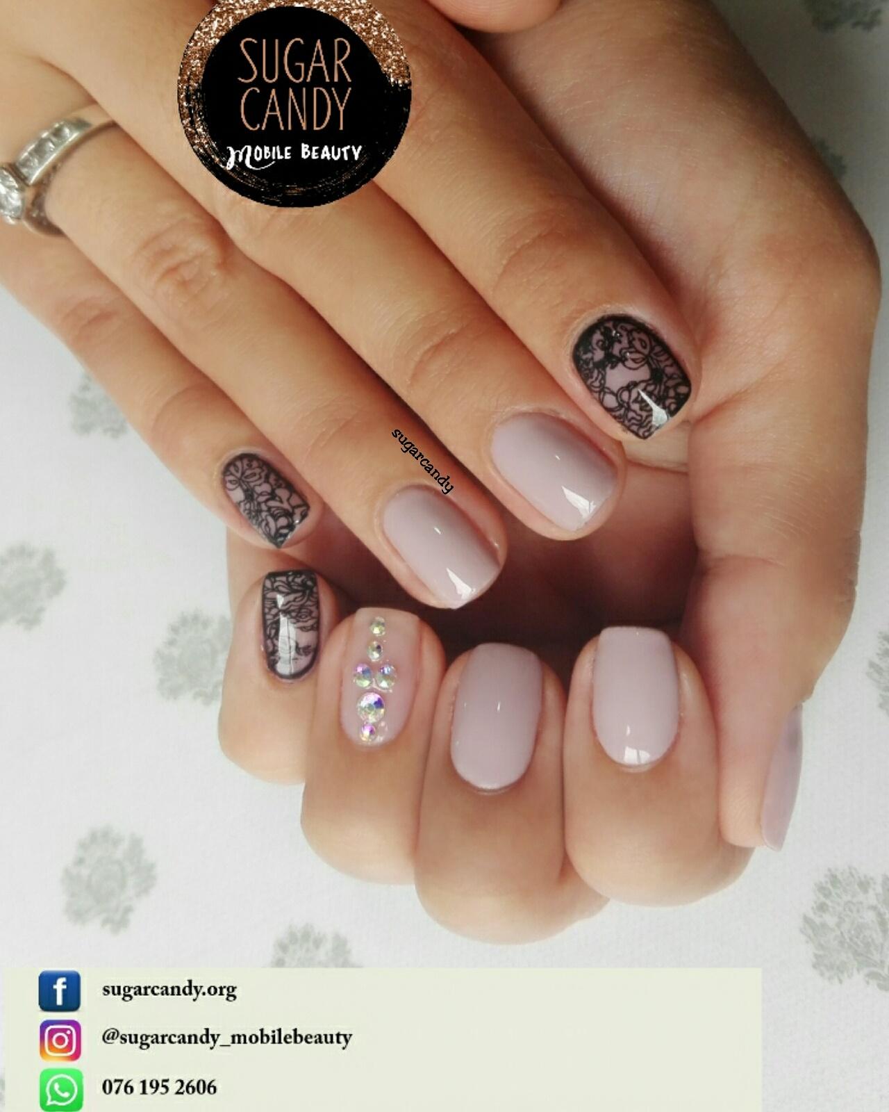 Mobile Beauty/ Gel nail tech/ MUA in Durban | Junk Mail
