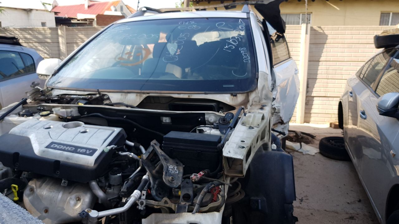 CHEV CAPTIVA 2.4 STRIPPING FOR SPARES