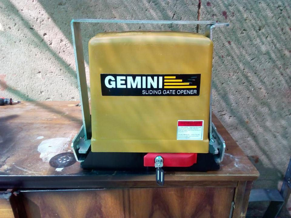 Gemini hek motor met antitheft bracket