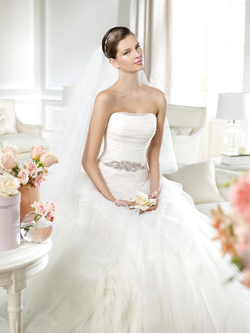 Pronovias Noray White Wedding Dress