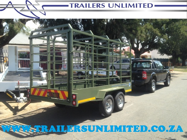 TRAILERS UNLIMITED DOUBLE CATTLE TRAILER.