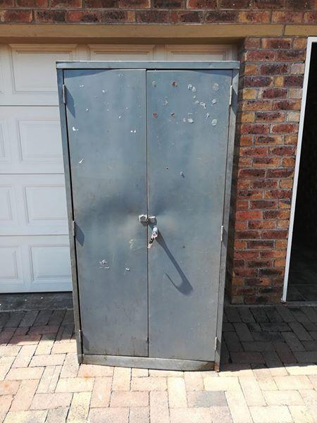 STEEL 2 DOOR CUPBOARD FOR SALE