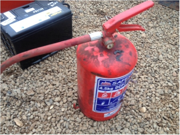 S2996 Red Fire Extinguisher 4.5Kg Pre-Owned Other