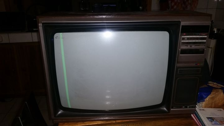 Phillips 54 cm Boks TV