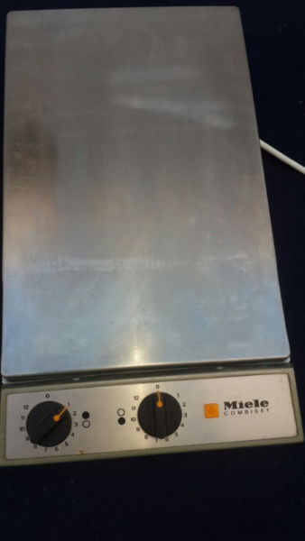 Miele stainless steel griller with coals