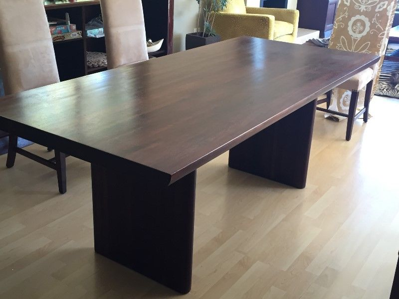 WEYLANDTS 6 SEATER DINING TABLE