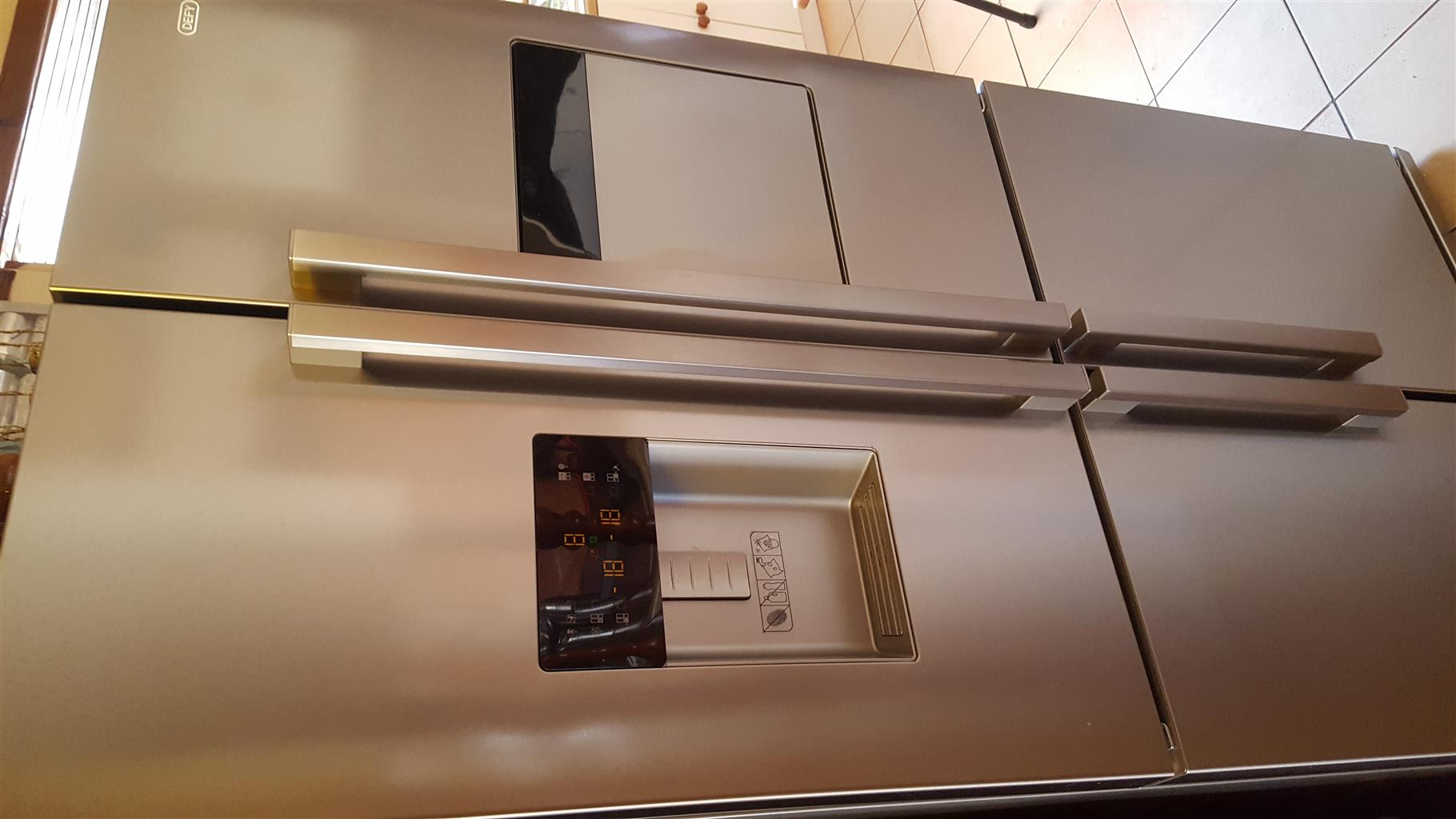 DEFY DFF399 G605 ECO STAINLESS STEEL SIDE BY SIDE FRIDGE