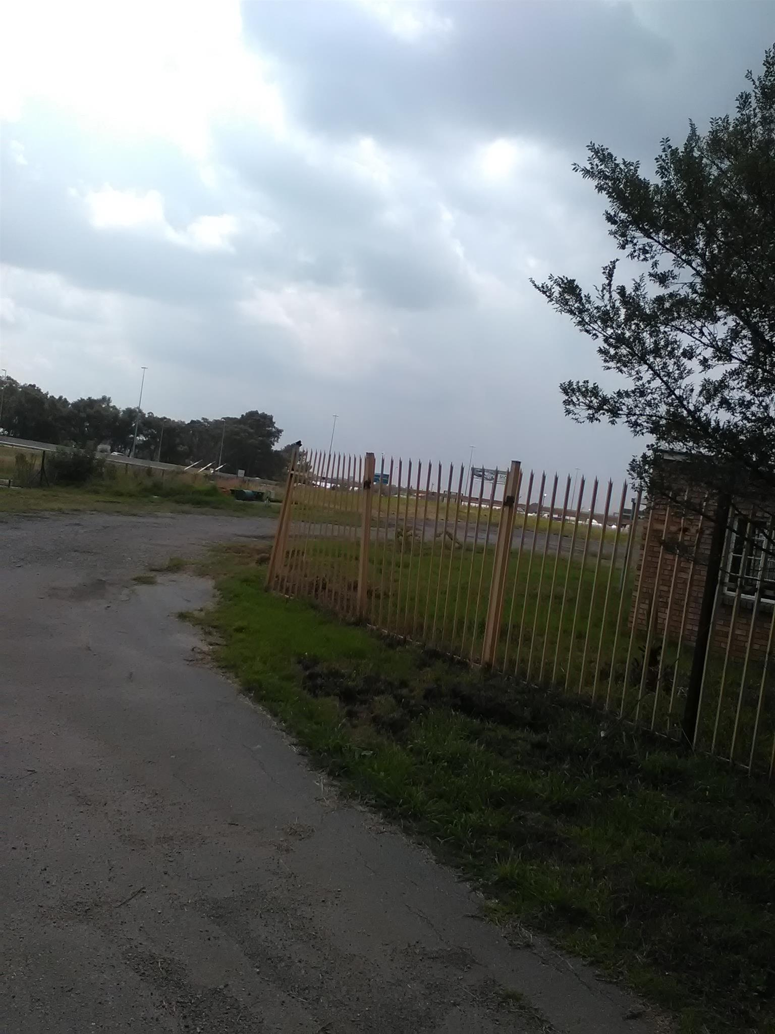 22000m2 truck stand to let in Boksburg
