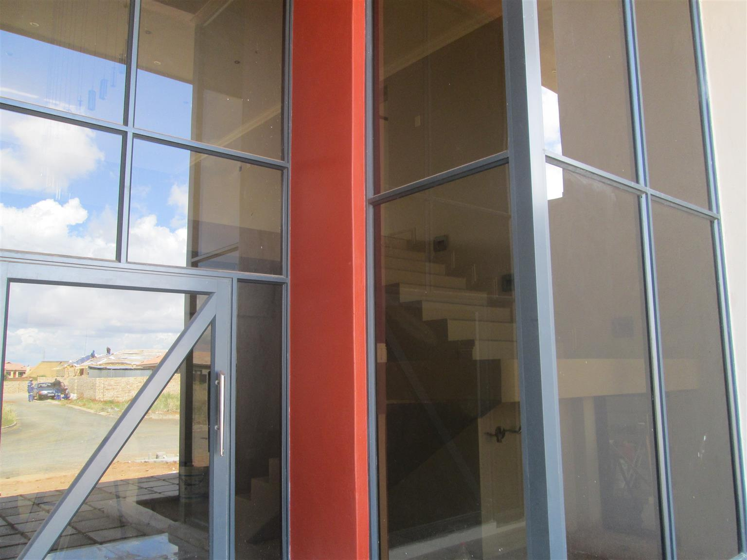 modern house for sale in kimberley