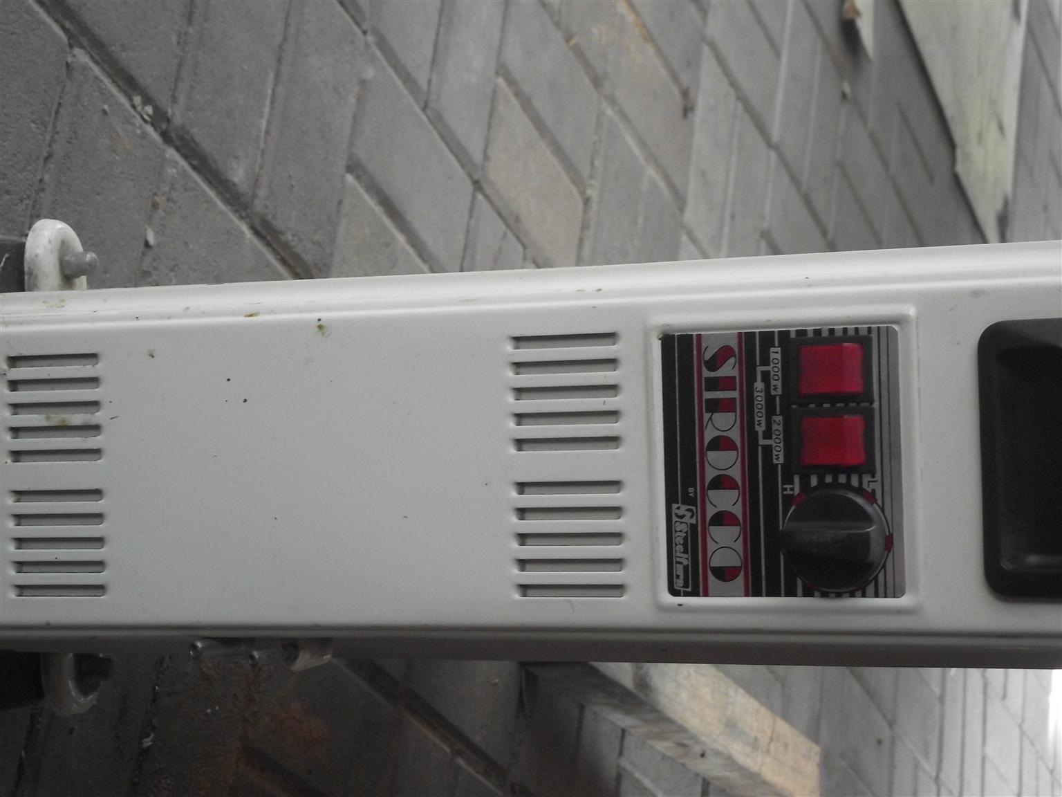 13 Fin olie verwarmer.Wel gebruik maar nog steeds in werkende toestand
