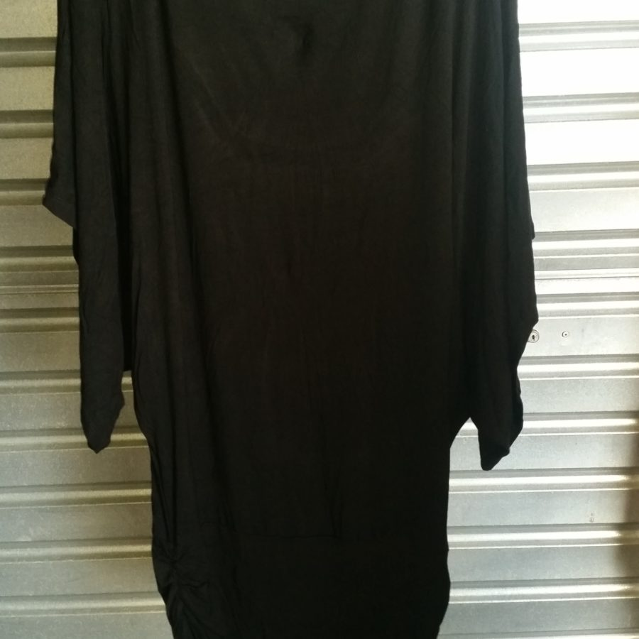 Black double deck cloak sleeveless blouse