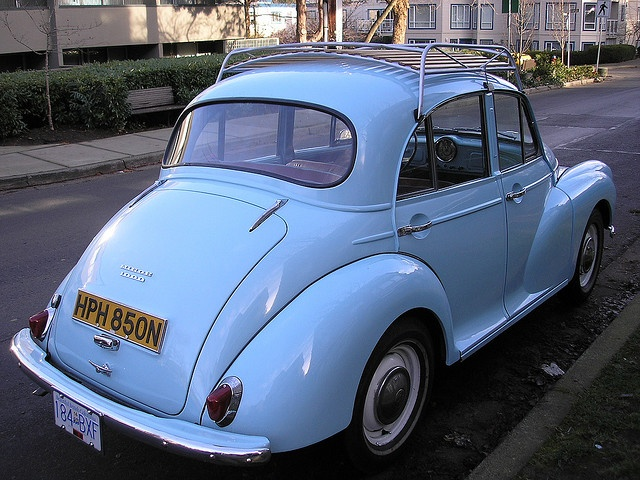 MORRIS MINOR ROOF AND LUGGAGE RACK