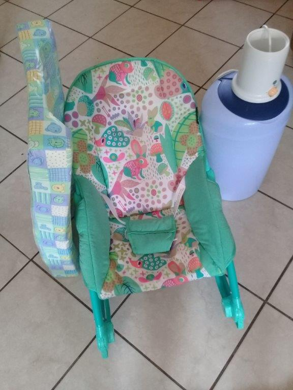 Baby Chair , Nappy Bucket , bottle warmer and Bathing sponge ALL for R600