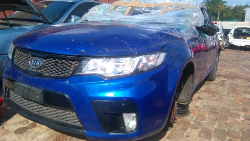 Cerato Koup now for stripping for parts.