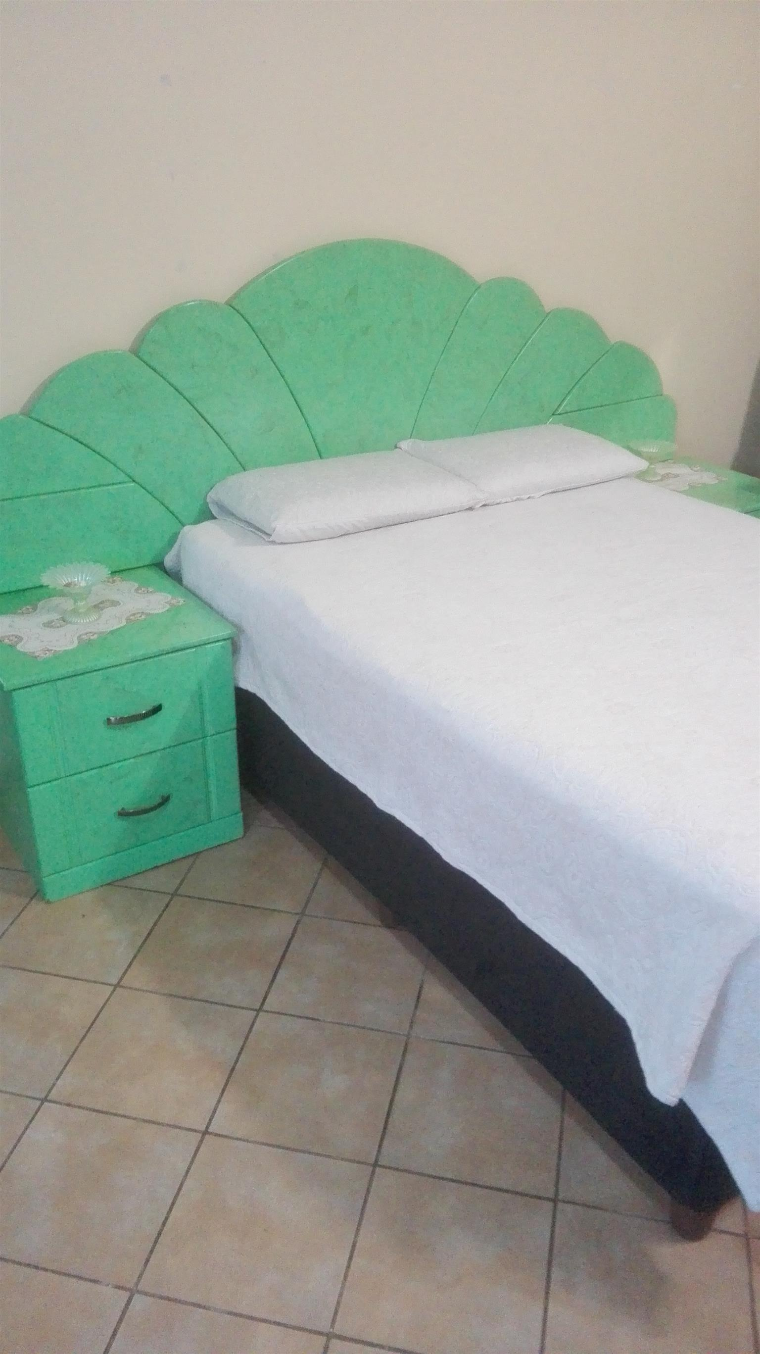 Bedroom Suite Set with Bed, Headboard, Pedestals, Dressing table