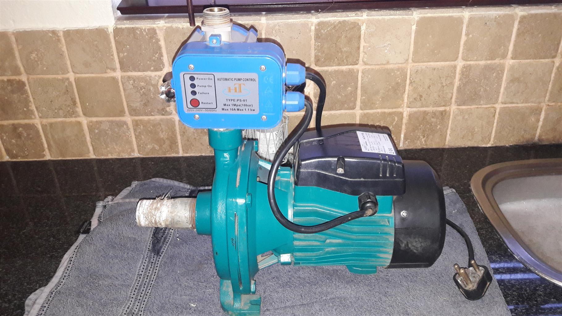 LEO water pump with flow meter | Junk Mail
