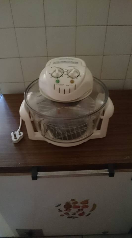Pineware convection oven