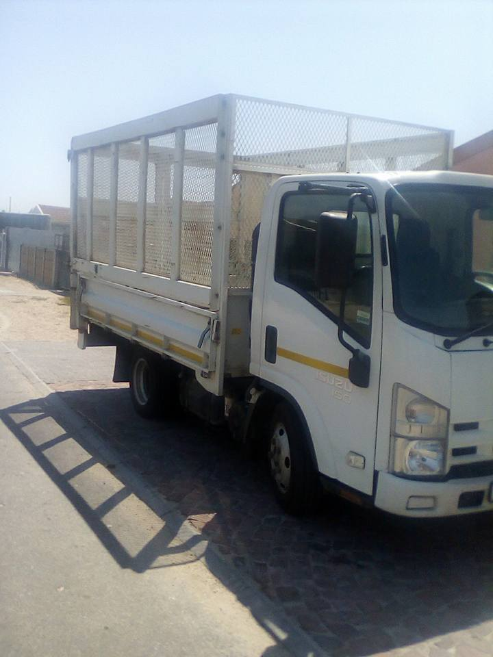 TRUCK FOR HIRE IN AND AROUND CAPE TOWN AND LONG DISTANCE