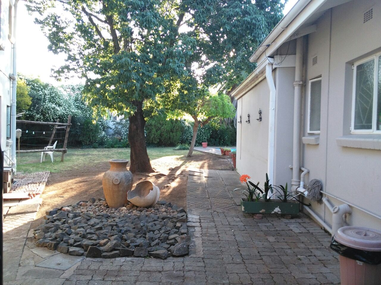 Bachelor outside/student Room in Bayswater, Bloemfontein