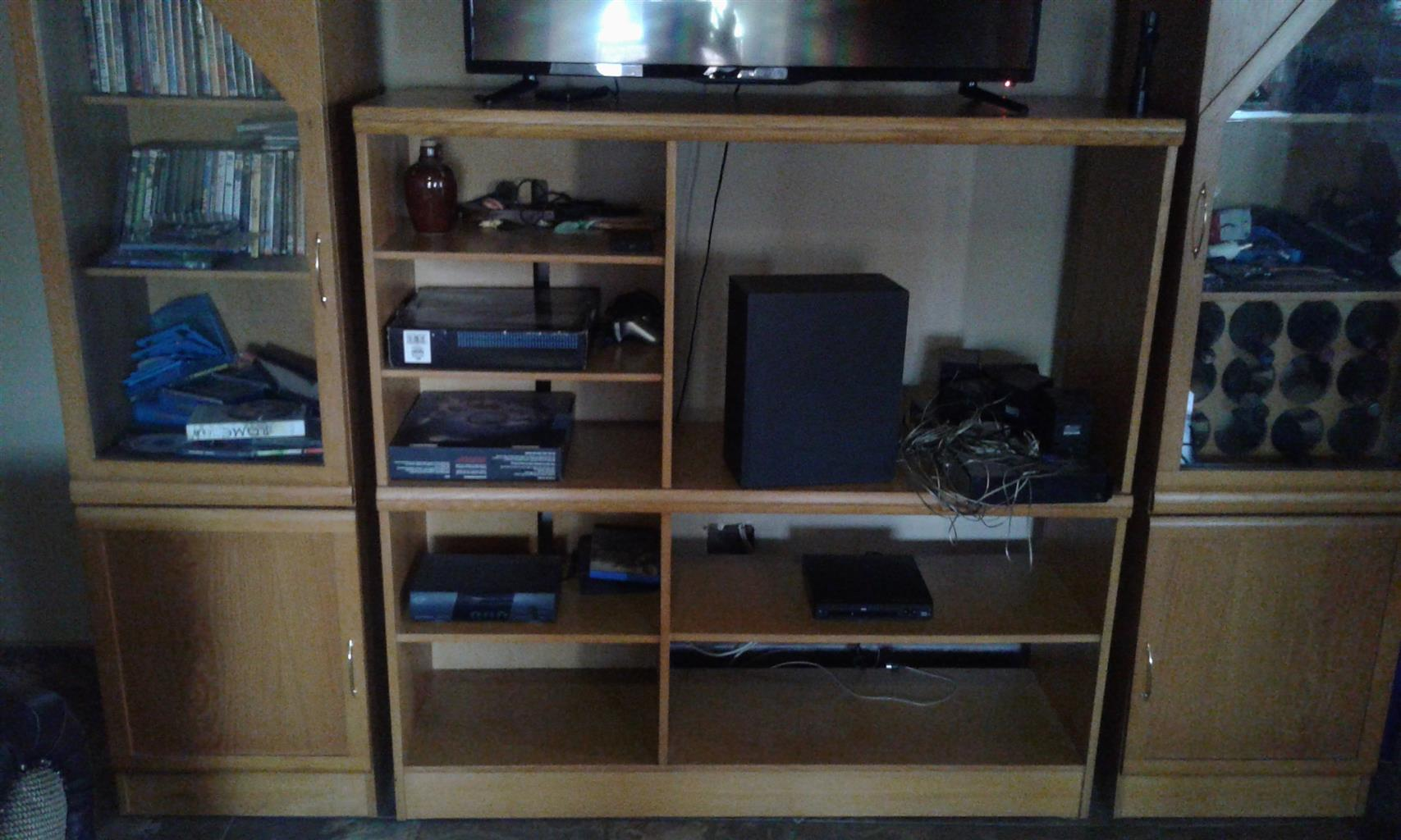 3 piece wall unit for sale | Junk Mail