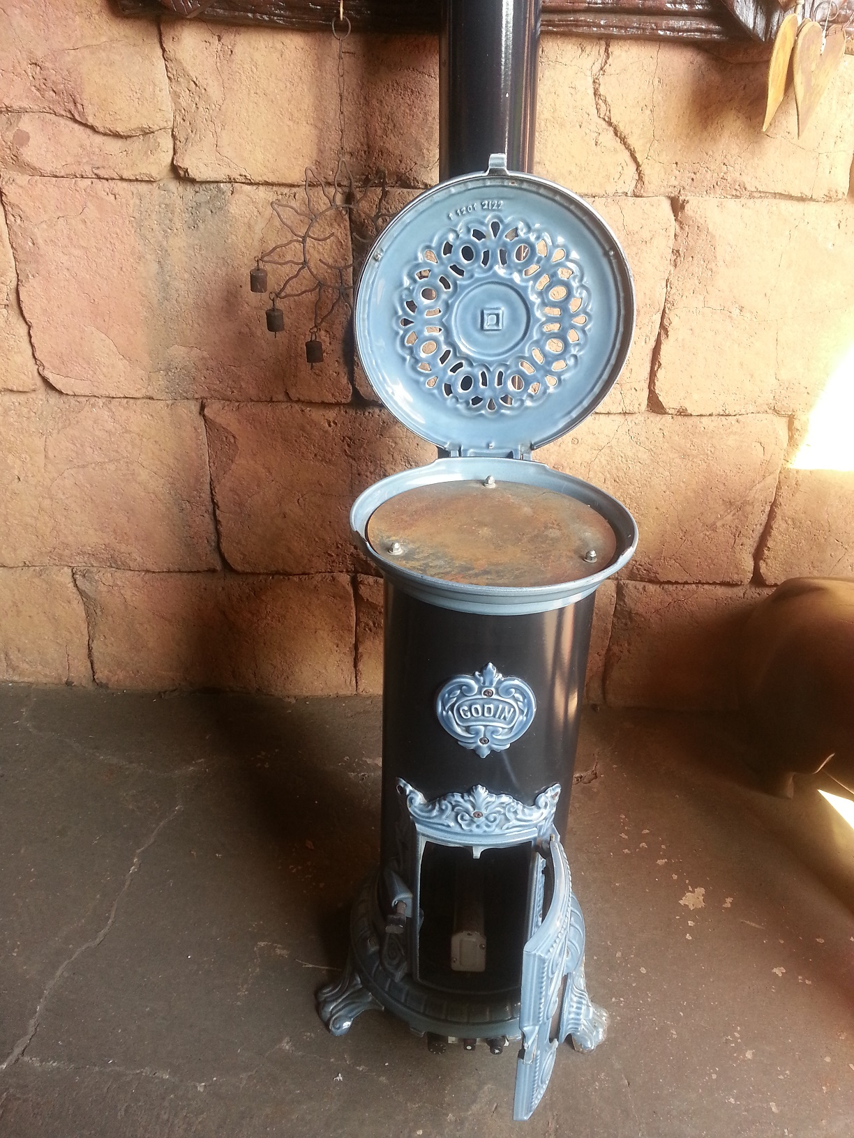 Godin Cast Iron Enammelled Gas Stove Heater