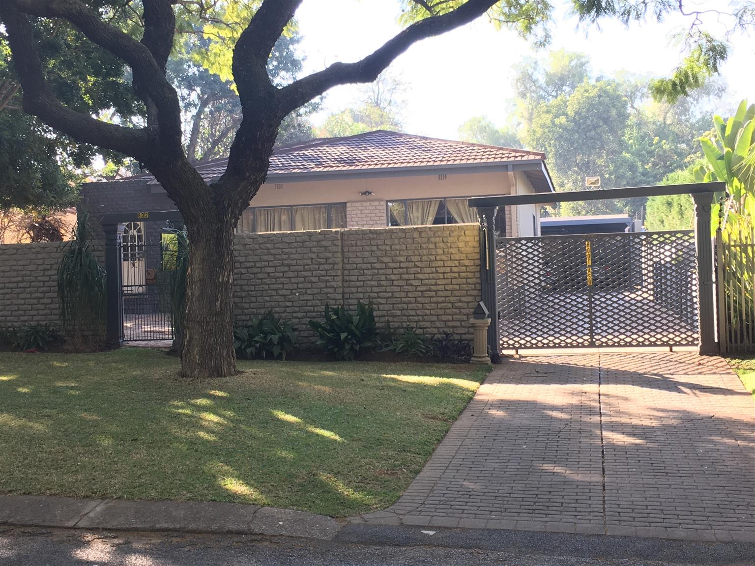 27TH 832 B NEWLY RENOVATED 1 BEDROOM GARDEN COTTAGE FOR R 4 100 IN RIETFONTEIN