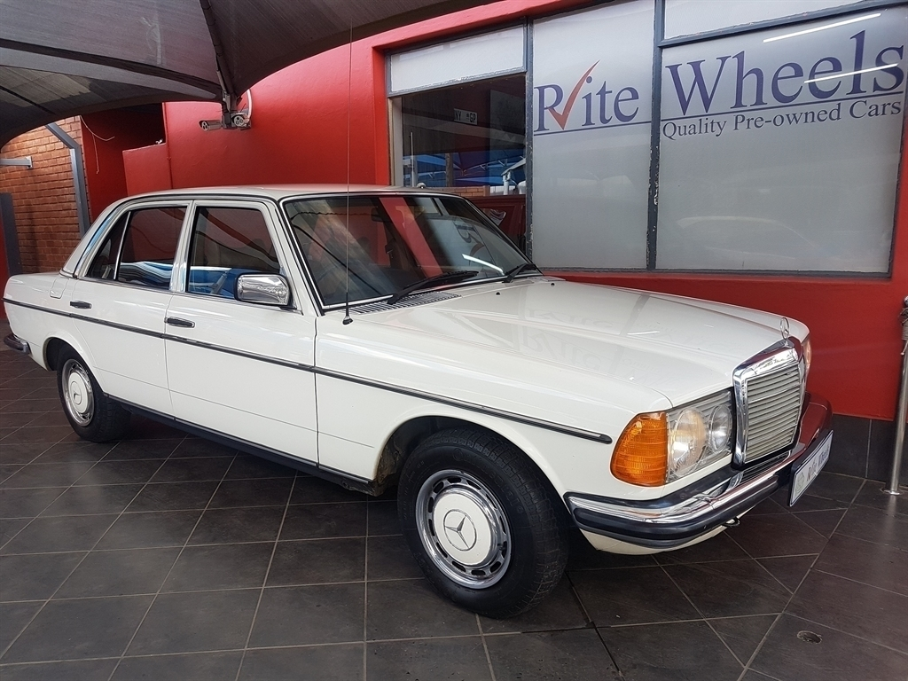 1979 Mercedes Benz 230c