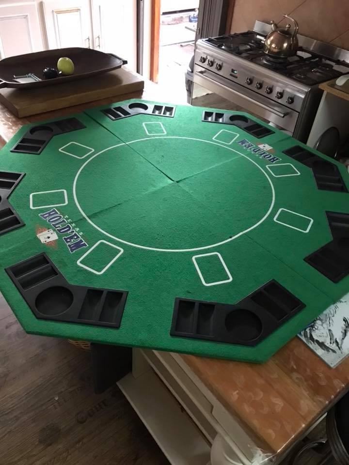 Poker set ( table top card shiffler u0026 poker chip ... & Poker set ( table top card shiffler u0026 poker chip set) | Junk Mail
