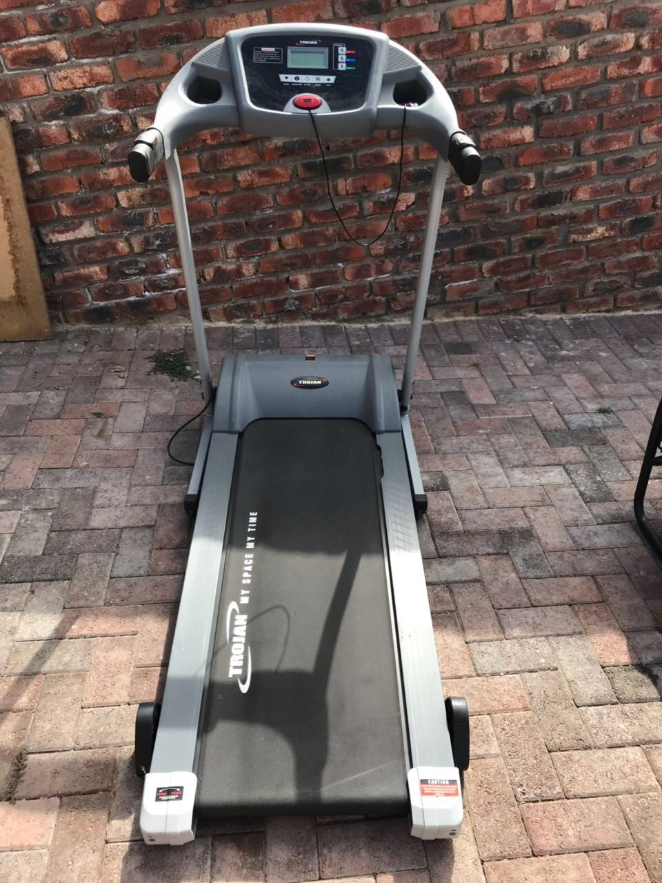 Like New Treadmill - Trojan Marathon 220 for sale - excellent condition - barely been used