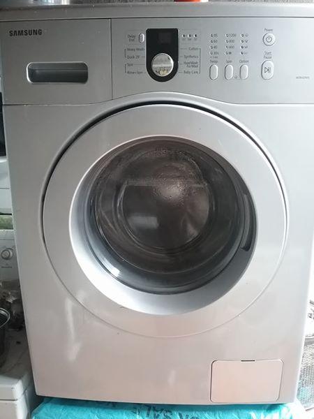 Samsung 8kg washing machine.