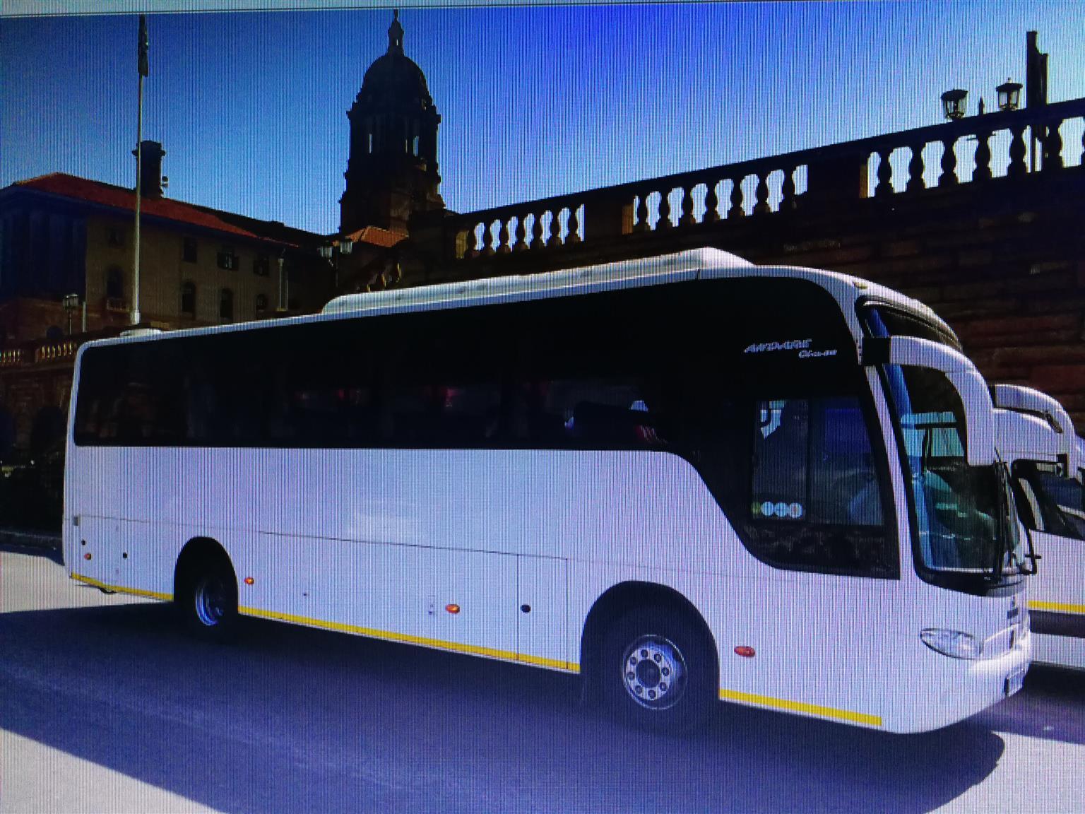 Luxury 34 Seater Tour bus