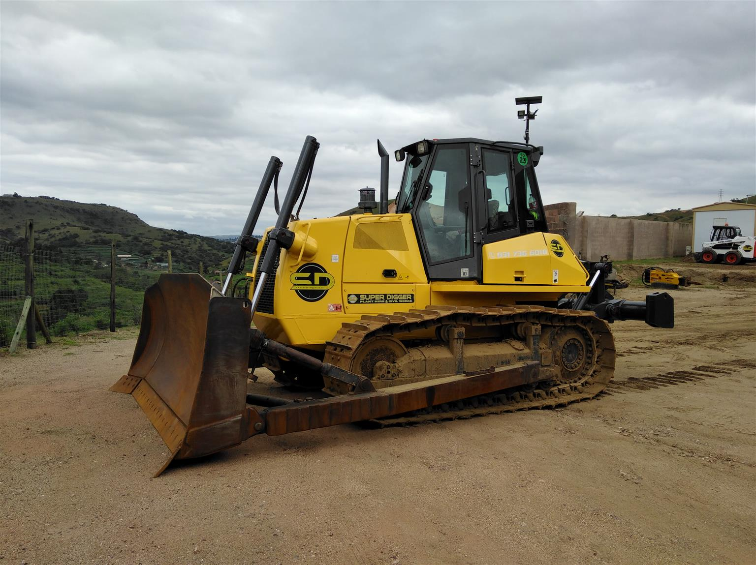 Bulldozers For Sale >> 2 X 2008 New Holland D 180 Bulldozers For Sale Junk Mail